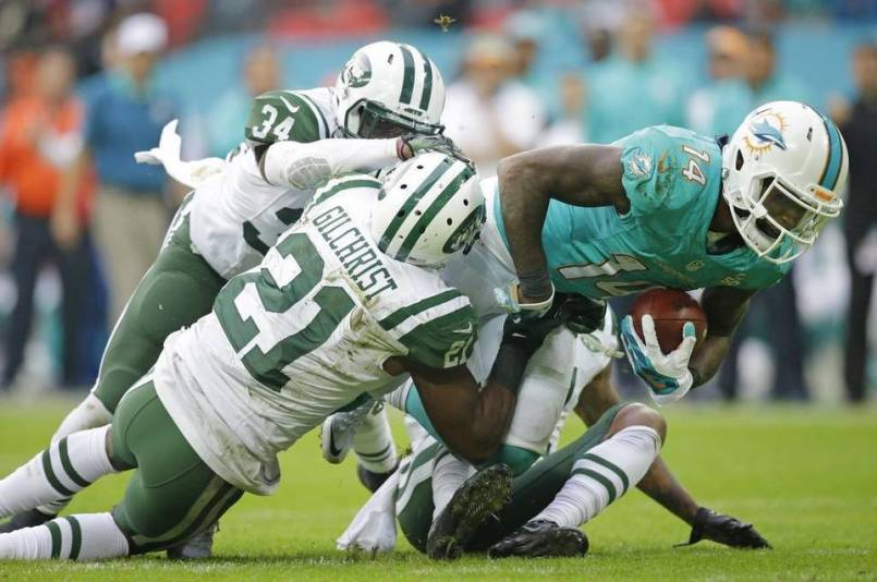 landry-jets-fighting